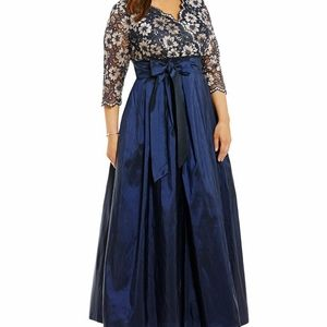 Jessica Howard | Navy Tafetta Ball Gown